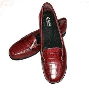 Clarks Bendables Loafer 9 Bayou Croc Embossed NEW